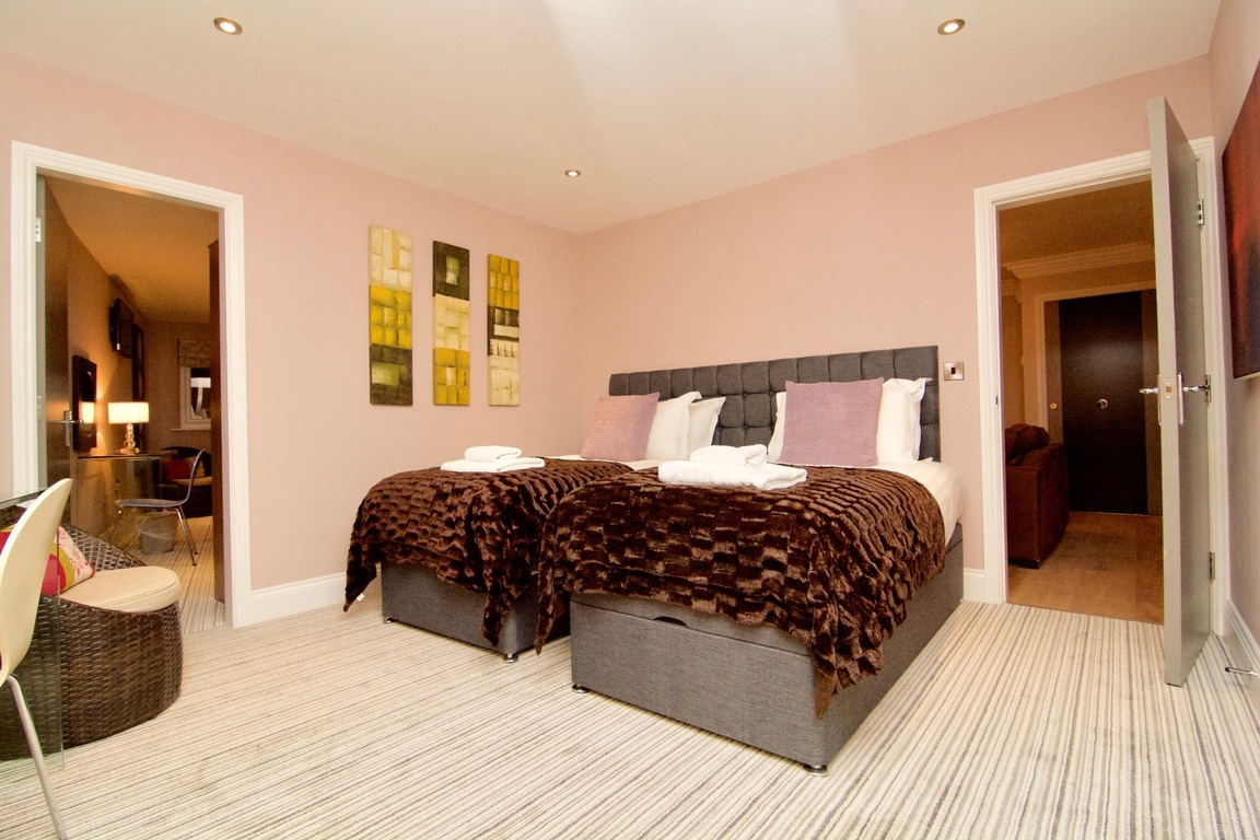 beds twin apartment harrogate